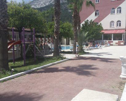 Grand-Hotel-Derin-2