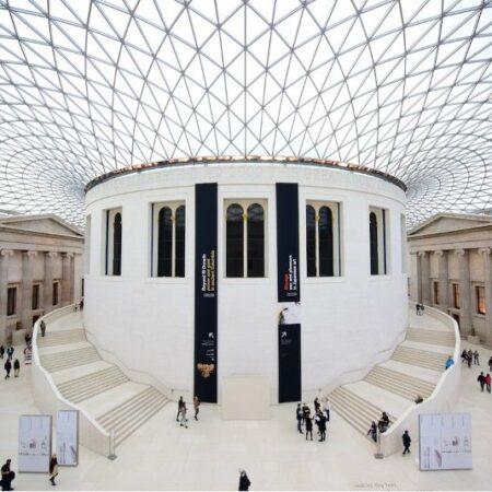 Музеи по всему миру приглашают на виртуальные экскурсии бесплатно