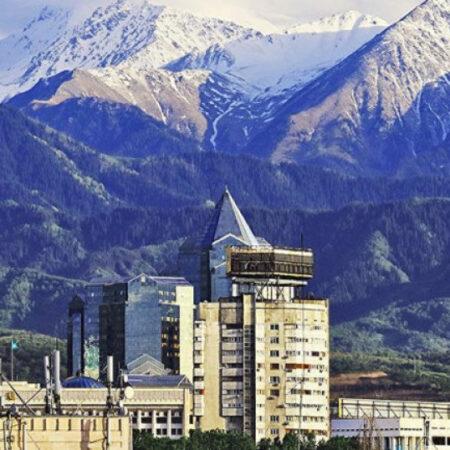 Air Astana відновлює прямі рейси з Алмати до Києва